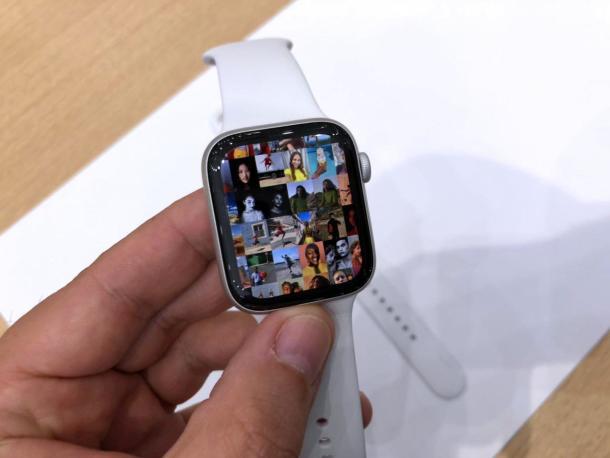 DieApple Watch Series 4 kommt erstmals mit einem größeren Display.
