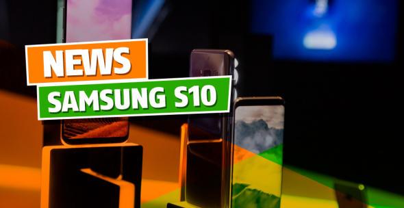 Auf einem Tisch stehende Samsung-Smartphones