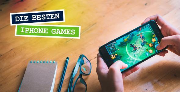 Ein iNutzer spielt ein Handy-Game auf seinem iPhone.