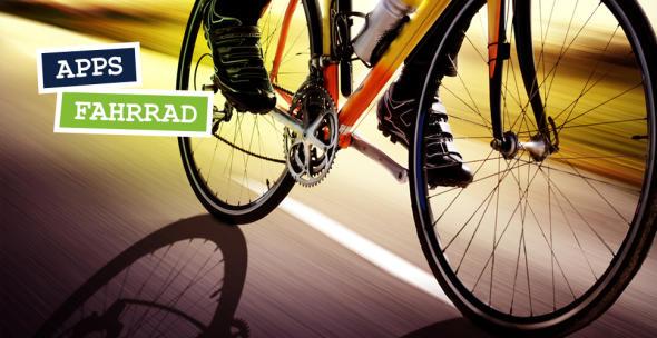 Ein Fahrradfahrer unterwegs.