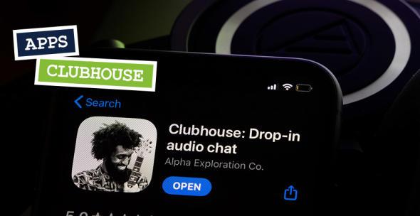 Das App-Icon von Clubhouse auf einem Smartphone-Display